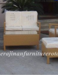 kursi rotan minimalis yang elegan