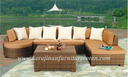 mebel rotan | Sofa unik dengan bantalan kaki KFR-KTR-26