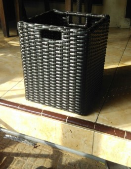 Kerajinan Mebel Rotan Tempat Sampah Hotel Hospital Murah