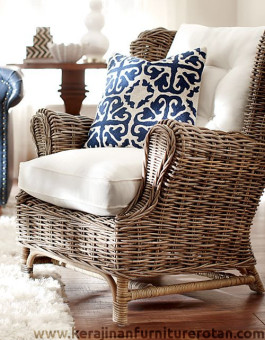 Kursi sofa rotan klasik Messina