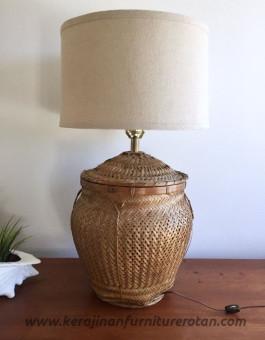 Lampu meja rotan klasik furniture rotan export klasik