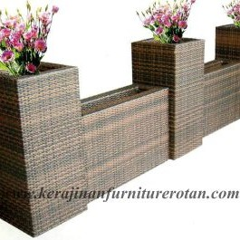 kerajinan rotan jepara | Vas bunga dengan model cerobong asap