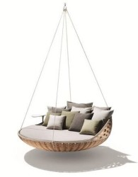 Ayunan sofa rotan minimalis ukuran keluarga
