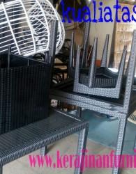 Pembuat Furniture Kerajinan Rotan Murah